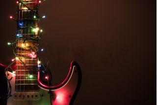 Что подарить гитаристу? Идеи подарков на любой бюджет (часть 1)
